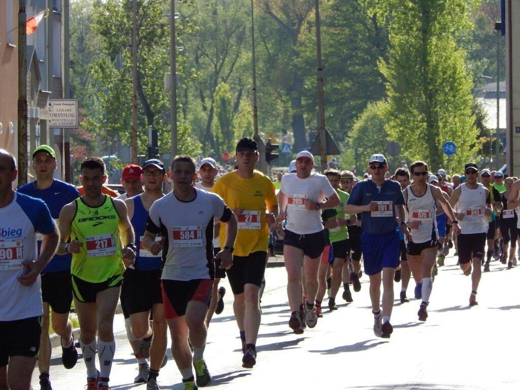 бег на средние и длинные дистанции